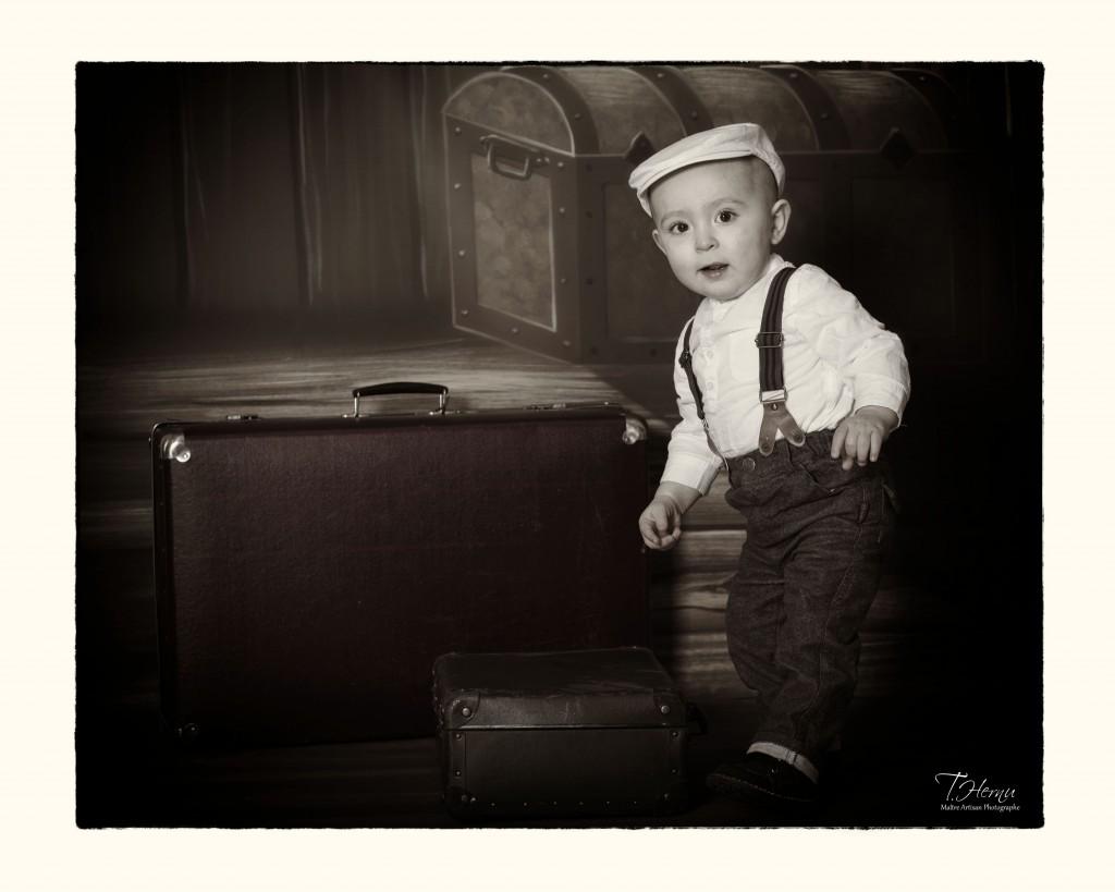 """Louka, """"un vrai petit homme""""..... de 6 mois..... Futur mannequin???"""